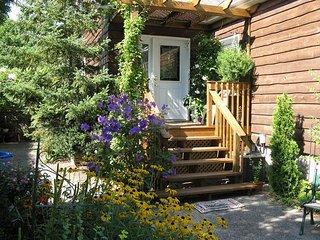 Cedar Suite B&B - King Bed Ensuite - Saint Catharines vacation rentals