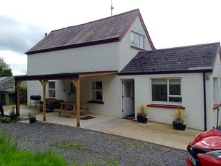 Perfect Cottage with Washing Machine and Television - Brookeborough vacation rentals