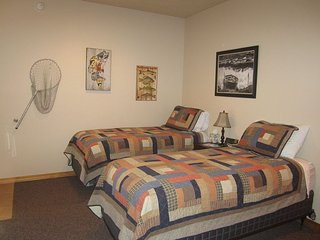 Room 4 at Montana's Wolf Creek Lodge - Wolf Creek vacation rentals