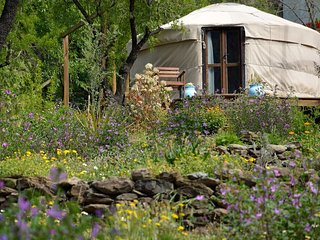 Beautiful yurt in the heart of Alpujarra mountains - Pitres vacation rentals