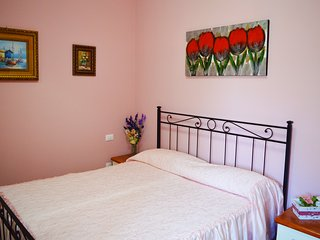 "Accordion Residence ""Rose Apartment"" - Fondi vacation rentals"