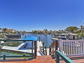 Magnificent Waterfront 3BR Discovery Bay House w/Wifi, Private Dock - Close to Fast Water & Delta Waterways! Family Friendly - Teach Children to Fish off the Dock! - Discovery Bay vacation rentals