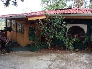 Adorable 1 bedroom Guest house in La Garita - La Garita vacation rentals
