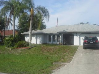 300ft2 - Room for rent in very nice home - Englewood vacation rentals