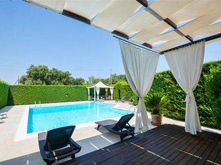 Villa Altalena, Classic Collection, with pool in Puglia | Raro Villas - San Vito dei Normanni vacation rentals