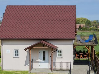 Comfortable 3 bedroom House in Kolczewo with Internet Access - Kolczewo vacation rentals