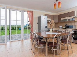 Comfortable 3 bedroom Vacation Rental in Kolczewo - Kolczewo vacation rentals