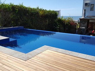 Nice House with Deck and Internet Access - La Barra vacation rentals