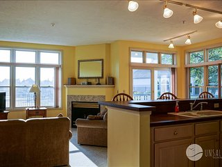 "This ""Poolside Retreat"" has great views of the harbor and pool. - Manistee vacation rentals"