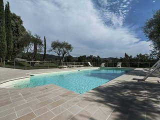 Wonderful Villa with Internet Access and Dishwasher - Stiava vacation rentals