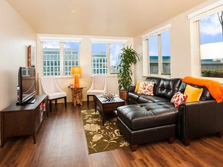 Lovely Studio Apartment in Seattle - 24 Hour Fitness Center - Malden vacation rentals