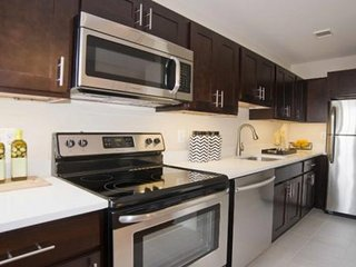 Furnished 1-Bedroom Apartment at 16th St NW & Northgate Rd NW Washington - Silver Spring vacation rentals