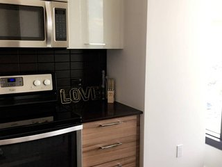 Furnished 1-Bedroom Apartment at Westpark Dr & Tysons One Pl Tysons - Tysons Corner vacation rentals