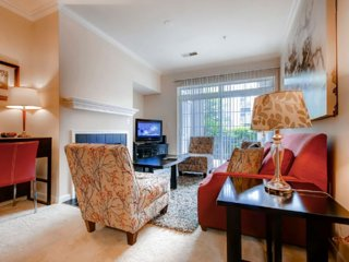 Furnished 2-Bedroom Apartment at Wessex Pl & Stillbrook Ln Princeton - Princeton vacation rentals