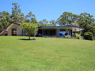 Callymill Farm House with exceptional views - Kangaroo Valley vacation rentals