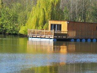 """Cabane flottante """"les Songes de Steph"""" - Etretat vacation rentals"""