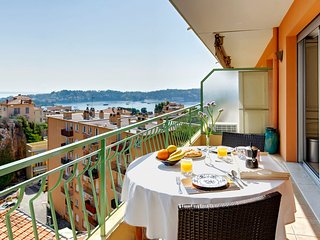 Petit Tresor- Villefranche sur Mer Superb 1 Bedroom Little Haven - Villefranche-sur-Mer vacation rentals