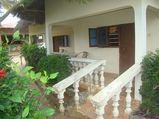 7 bedroom Bungalow with Housekeeping Included in Nungwi - Nungwi vacation rentals