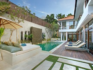 Coco Villa 4BR Newly Renovated - Seminyak - Seminyak vacation rentals