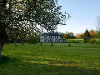L'Orchard - 3 Chambres d'Hôtes - Twin 2P - Bonneville-la-Louvet vacation rentals