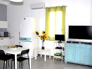Nice Condo with Internet Access and A/C - Punta Braccetto vacation rentals