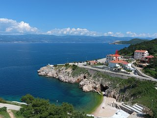 Beautiful Condo with Internet Access and A/C - Vrbnik vacation rentals