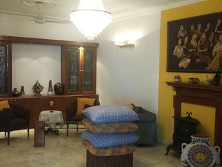Prestige Apmts in G.K 1 Room for Triple Occupancy - New Delhi vacation rentals