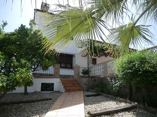 Comfortable village house with swimming pool - Benamahoma vacation rentals