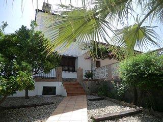 Comfortable village house with swimming pool - Benamahoma vacation rentals