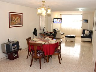 Comfortable Condo with Internet Access and A/C - Cali vacation rentals