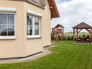 3 bedroom House with Internet Access in Kolczewo - Kolczewo vacation rentals