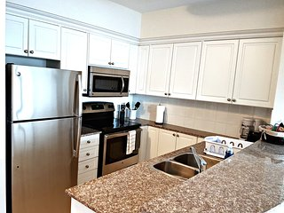 Brand New 2 BR Suite near Parliament Hill (2a) - Ottawa vacation rentals