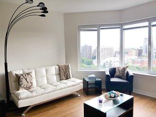 Convertible 2 Bedroom Executive Suite (1.5a) - Ottawa vacation rentals