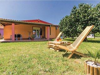 Perfect 2 bedroom Villa in Fazana with Internet Access - Fazana vacation rentals