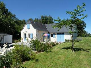 Gîte Abérou A l'Orée du Bois - OLORON SAINTE MARIE - Ogeu-Les-Bains vacation rentals