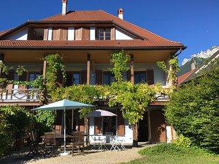 MENTHON-ST-BERNARD, Spacieuse maison, 12pers - Menthon-Saint-Bernard vacation rentals