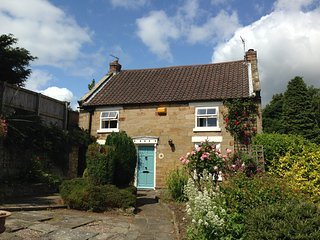 Ivy Cottage, Scalby, Scarborough - Scalby vacation rentals