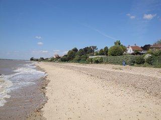 Fawkes Perch, modern accomodation near the beach - Mersea Island vacation rentals