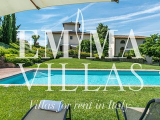 Beautiful 6 bedroom Italy Villa with Internet Access - Italy vacation rentals