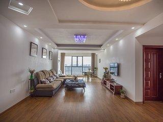 3 bedroom Apartment with Internet Access in Zhangjiajie - Zhangjiajie vacation rentals