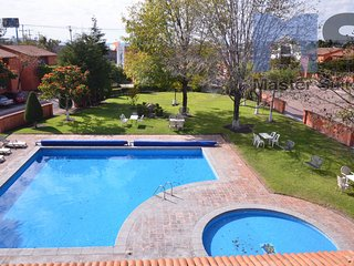 Fully Furnished Apartament witj services included - Queretaro vacation rentals