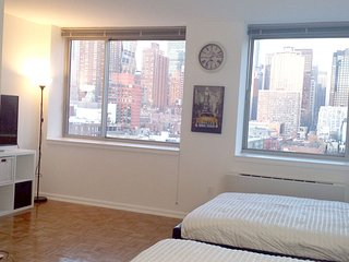STUDIO - Amazing view near Times SQ!!! - New York City vacation rentals