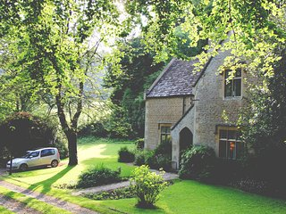 Woodwells, secluded Cotswold home - Tetbury vacation rentals