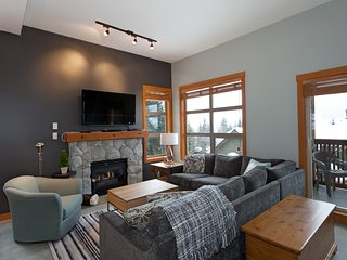 Beautifully Renovated, Fantastic Views Ski in/out - Whistler vacation rentals