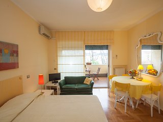 Tintoretto Happy - Rome vacation rentals