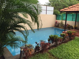 Charming 4 bedroom Assagao Villa with Housekeeping Included - Assagao vacation rentals