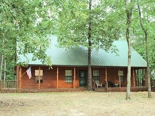 Two Birds One Stone/Broken Bow Lake/Beavers Bend - Hochatown vacation rentals