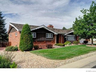 Dover House - Enjoy covered porch, beautiful yard - Arvada vacation rentals