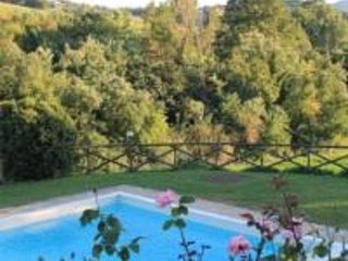 n Oasi di pace nel cuore della verde Umbria - Solfagnano vacation rentals