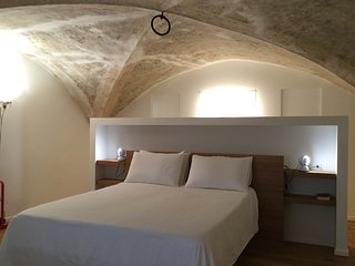 FLORENCE NEW apt in Medieval Tower - Florence vacation rentals
